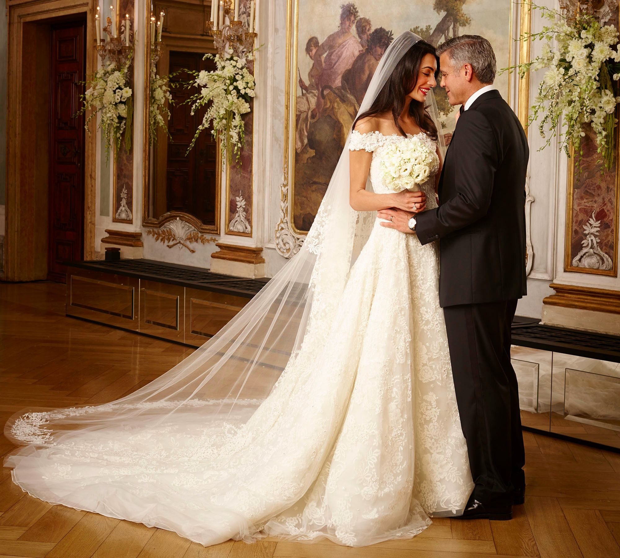10 most expensive wedding dresses of all time