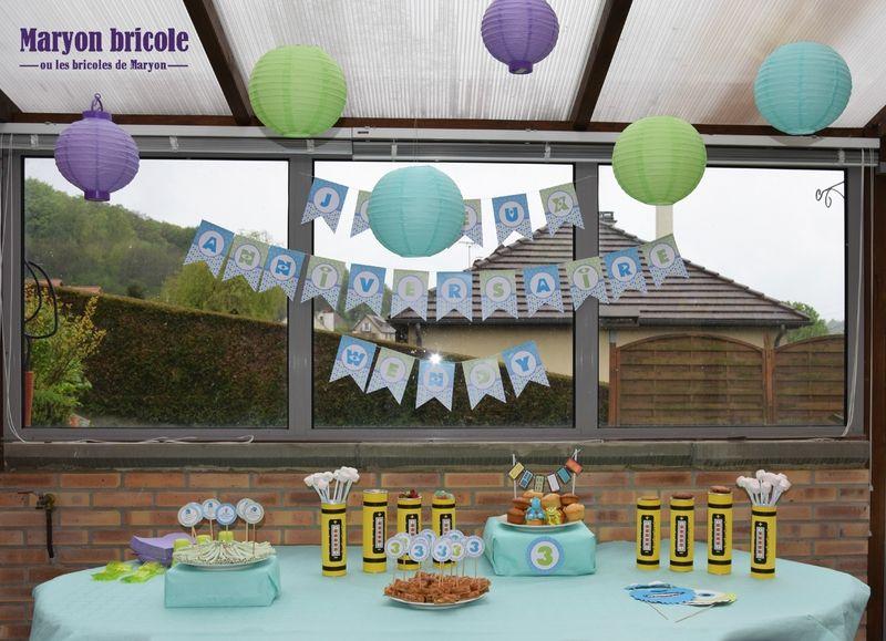 d co monstres et cie anniversaires cake pops cake et desserts. Black Bedroom Furniture Sets. Home Design Ideas