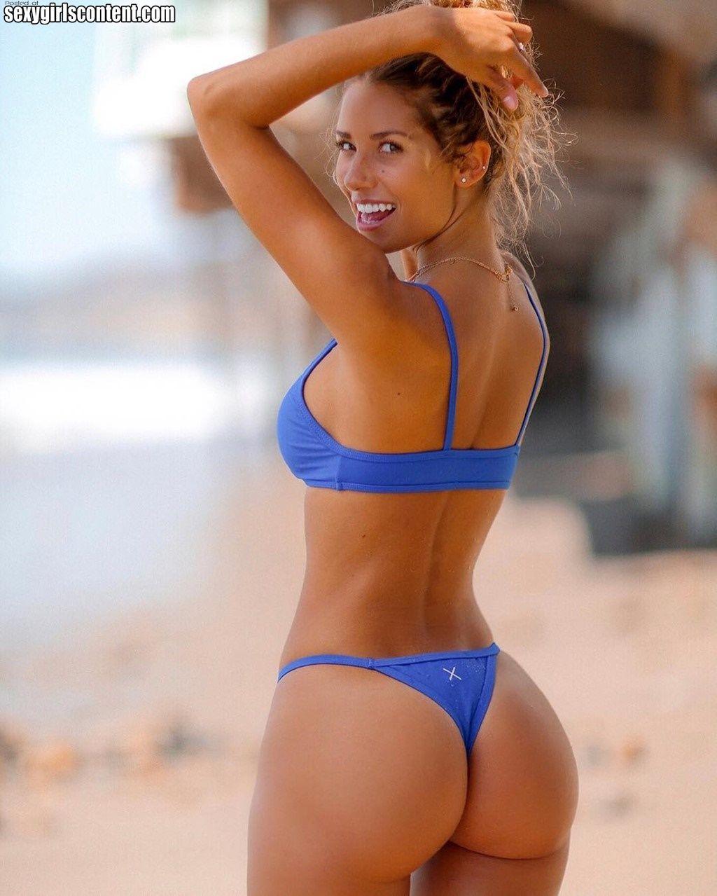 Sexy bikini ass Hot