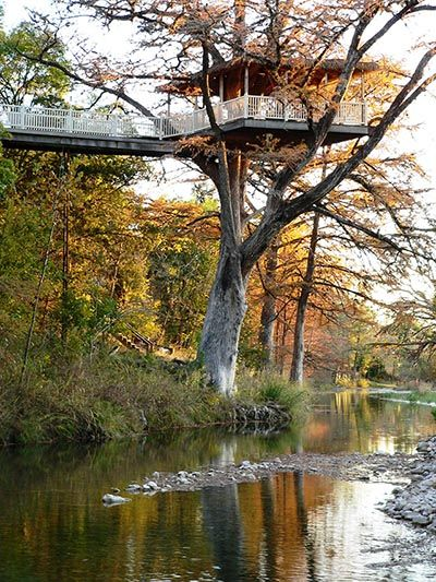 Frio River Treetop Fully Furnished Family Friendly