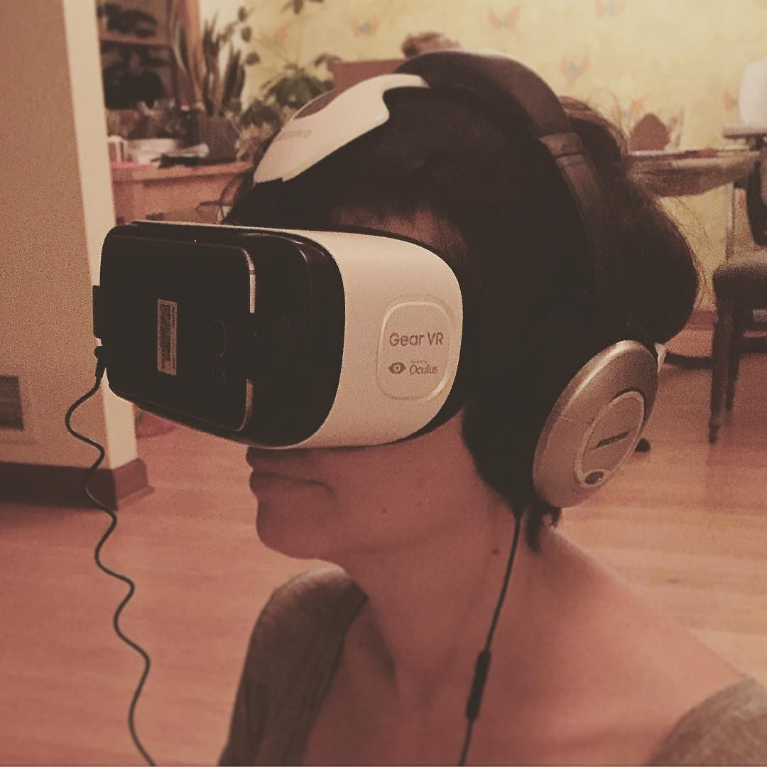 An awesome Virtual Reality pic! NBD just looking into the future #vr #virtualreality by andreanealt check us out: http://bit.ly/1KyLetq