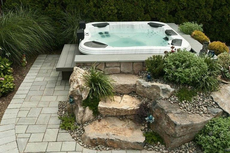 55+ Good Backyard Hot Tubs Decoration Ideas - Page 9 of 61 #hottubdeck