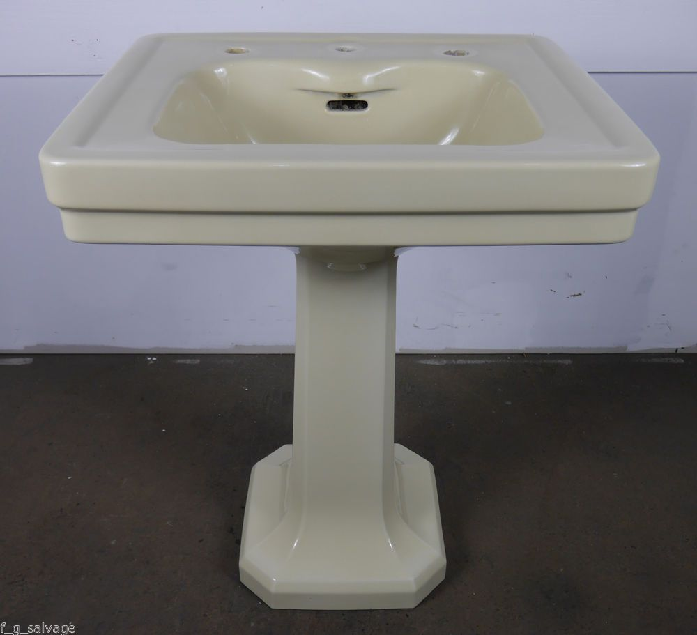 Antique Vintage American Standard Pedestal Sink Ivory Blackford