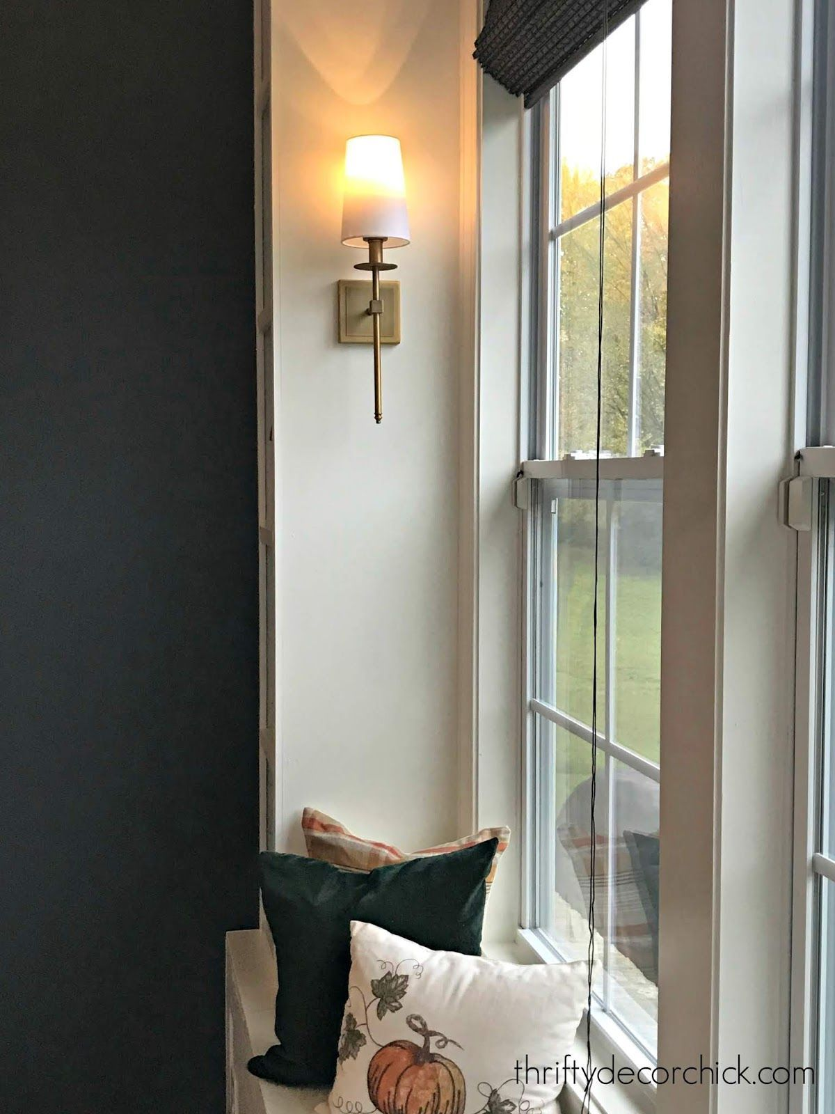 How To Light Sconces Without Electricity Brilliant Idea And So Easy Sconces Diyhomedecor Bes Diy Sconces Wall Sconces Living Room Sconces Living Room