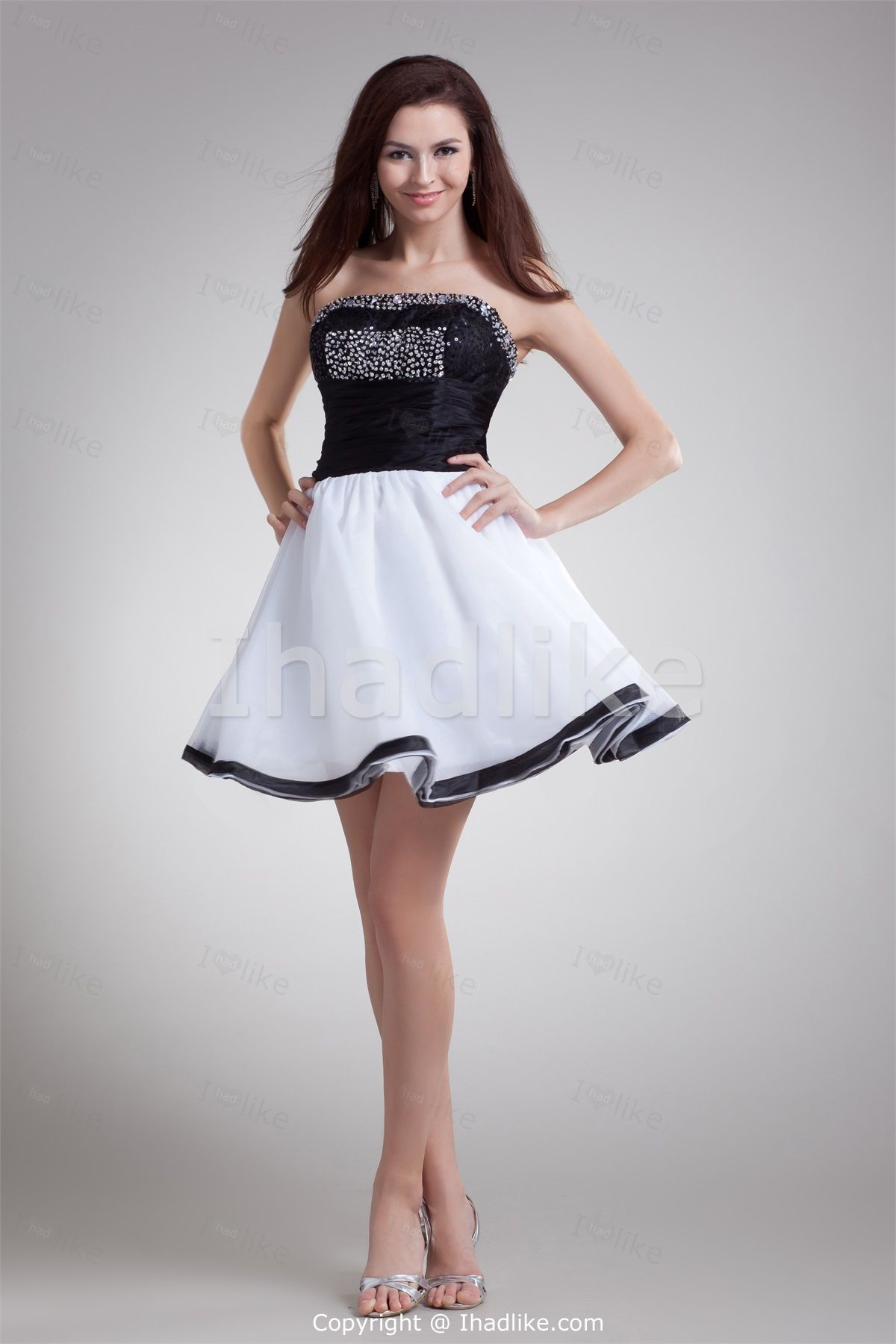 Get Suitable Dress with Black Cocktail Dresses : Black White Short Mini Organza Strapless Cocktail Dress1