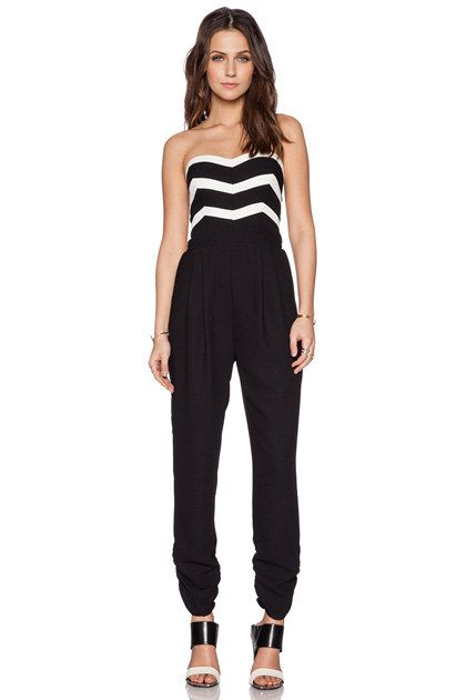 2219a469b4 10 Awesome Jumpsuits for Prom in 2019