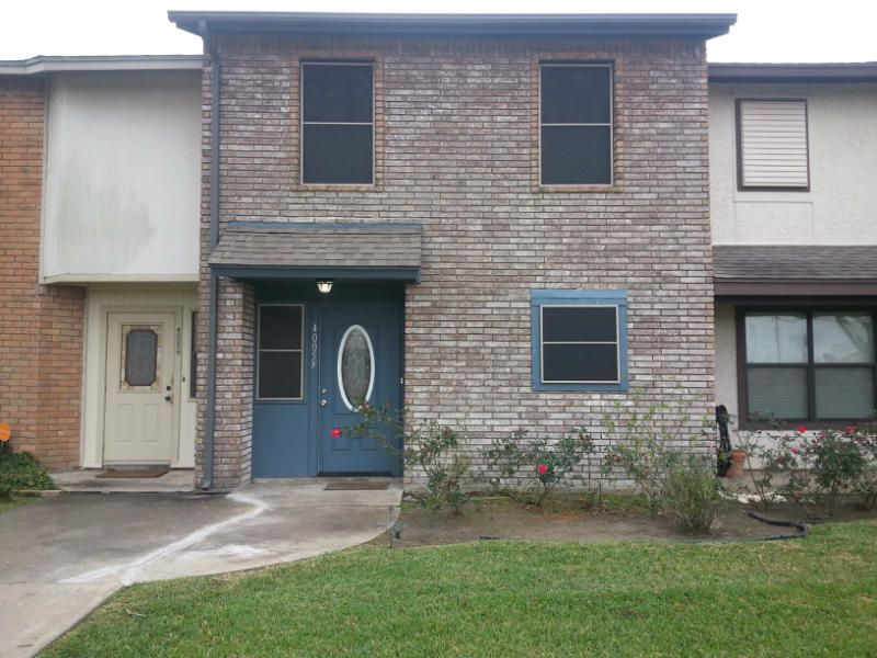 4005 Acushnet Dr, Corpus Christi, TX 78413. 2 bed, 2 bath, $94,900. Just Reduced!! Clean...