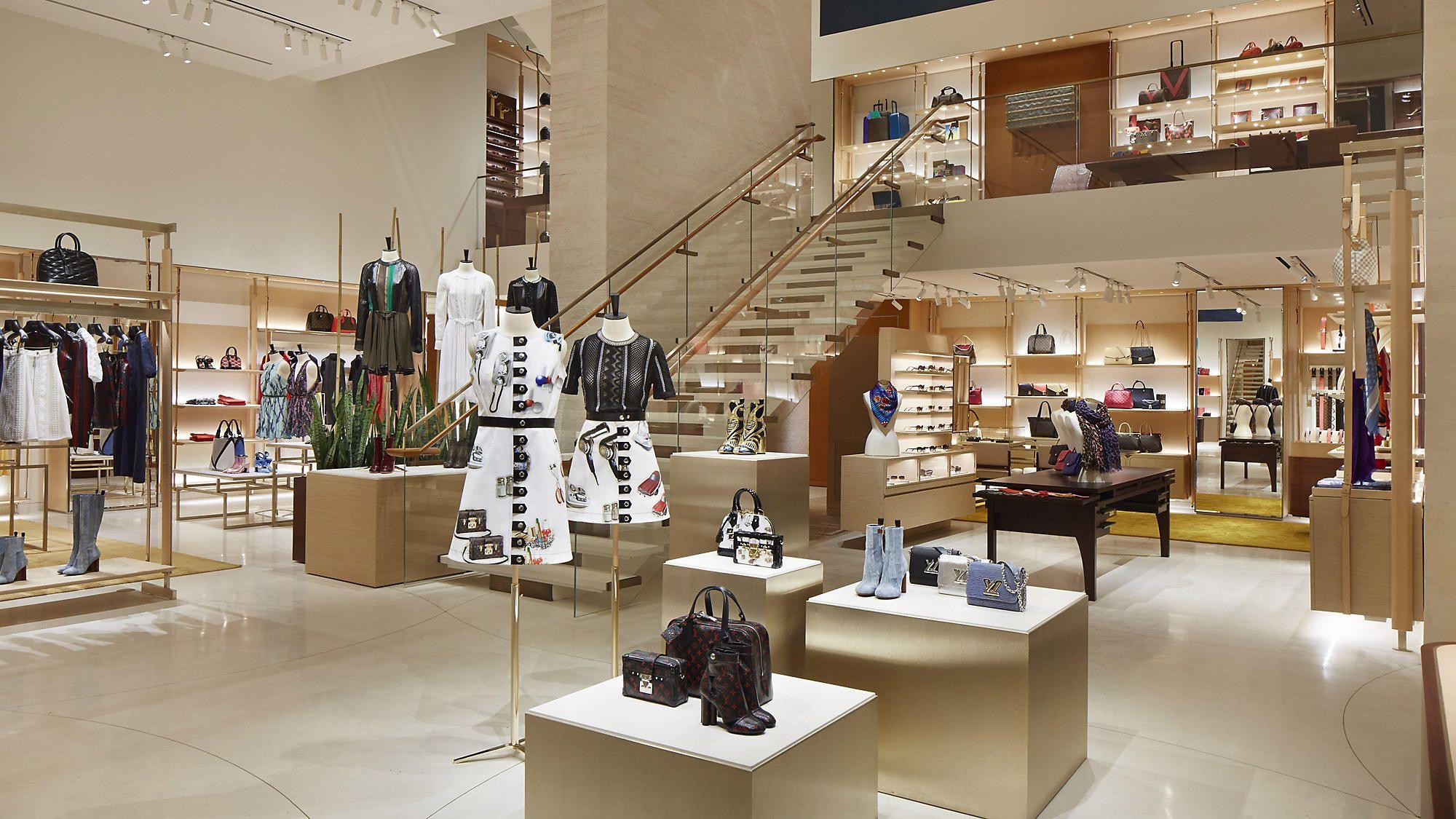 e836675fc931 Копии брендов класса LUX на BRANDS.BIZ.UA. Брендовая одежда, обувь,аксессуары.  Качественные реплики модных всемирноизвестных марок