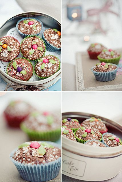 Cupcakes by loretoidas, via Flickr