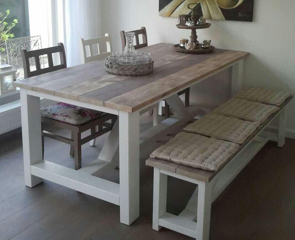 Mooie tafel en stoelen en bankje van steigerhout for Houten meubels woonkamer