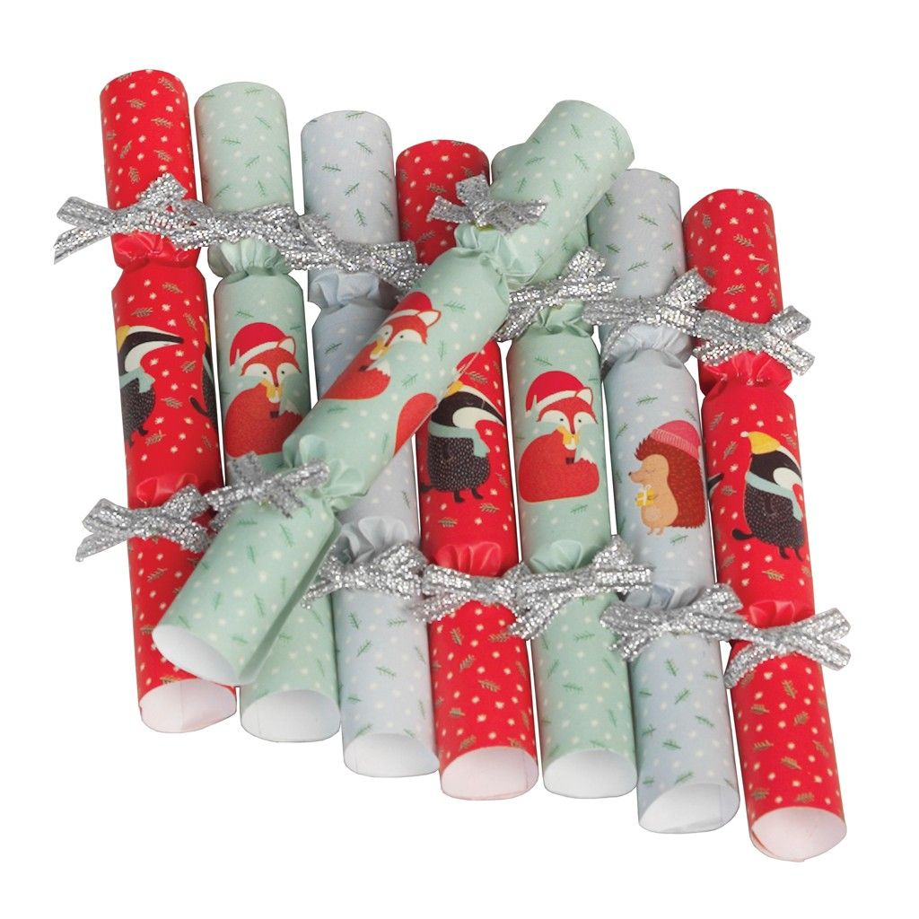 Set Of 8 Rusty And Friends Saucer Crackers | Christmas crackers