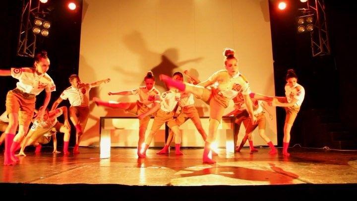 Actuación de nuestra cía ZERO en Move N Dance. Ver completo en Youtube: https://youtu.be/dPFpa6Esa38