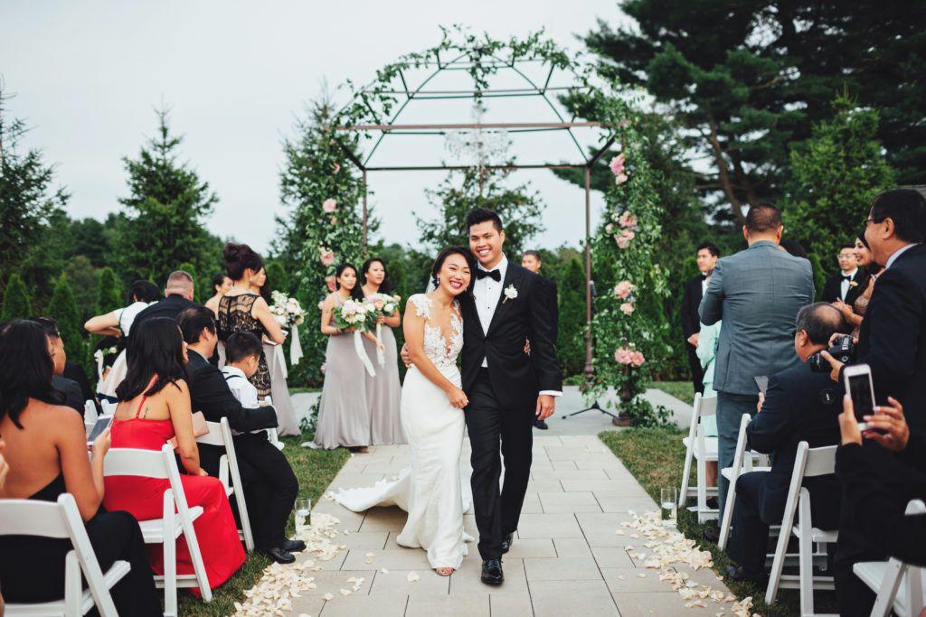 Pros & Cons: Destination Weddings vs Wedding Venue Near Me ...