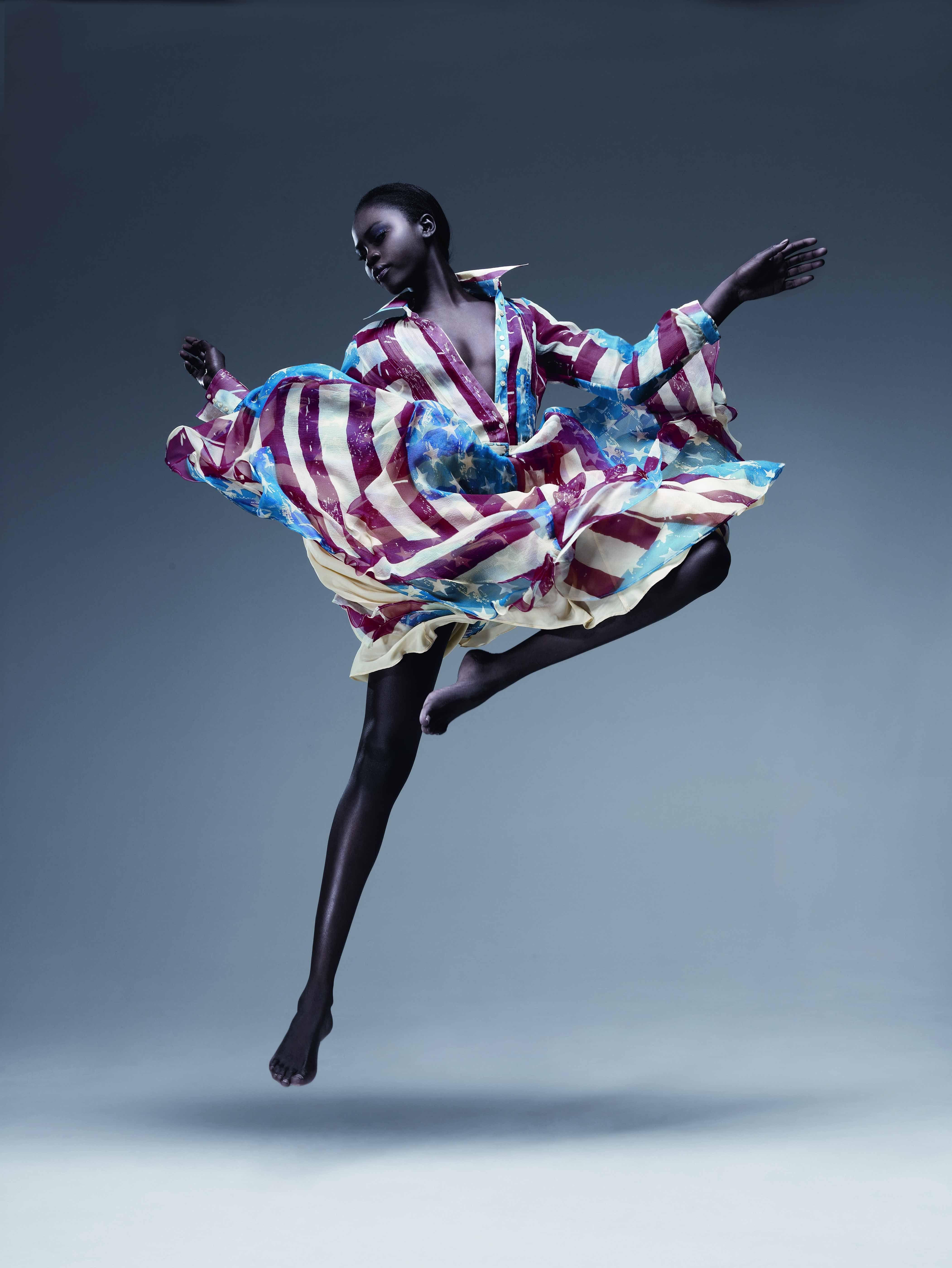 Malandrino Pays Homage To America S Barbies Flag Dress Geek Fashion Catherine Malandrino