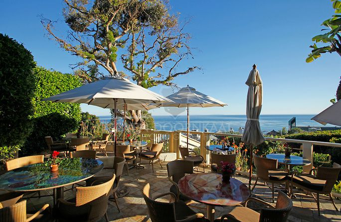 Malibu California The Famous Restaurant Geoffrey S And One Of Their