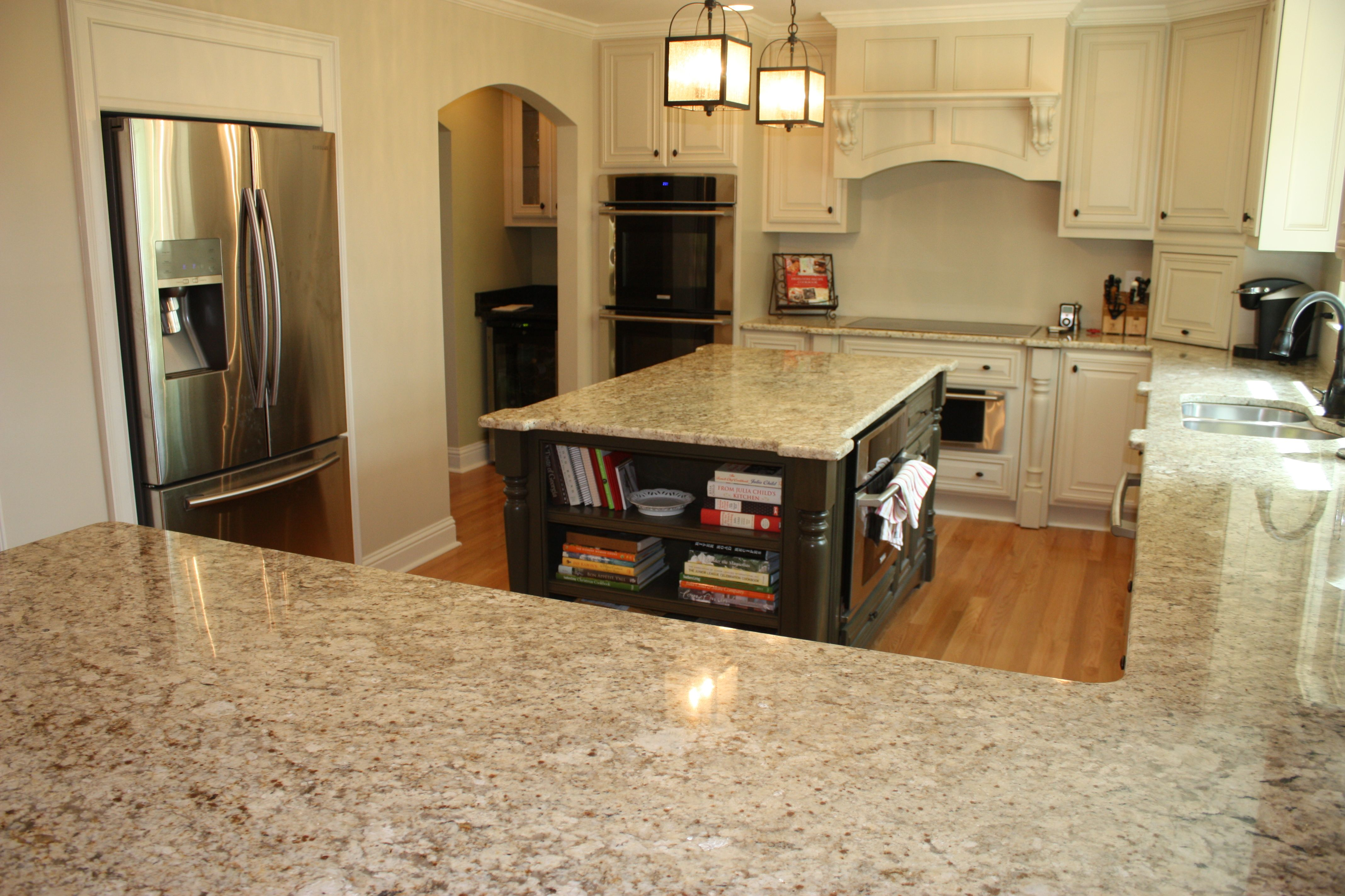 Beautiful Kitchen Renovation Using Hawaii Granite In The Kitchen