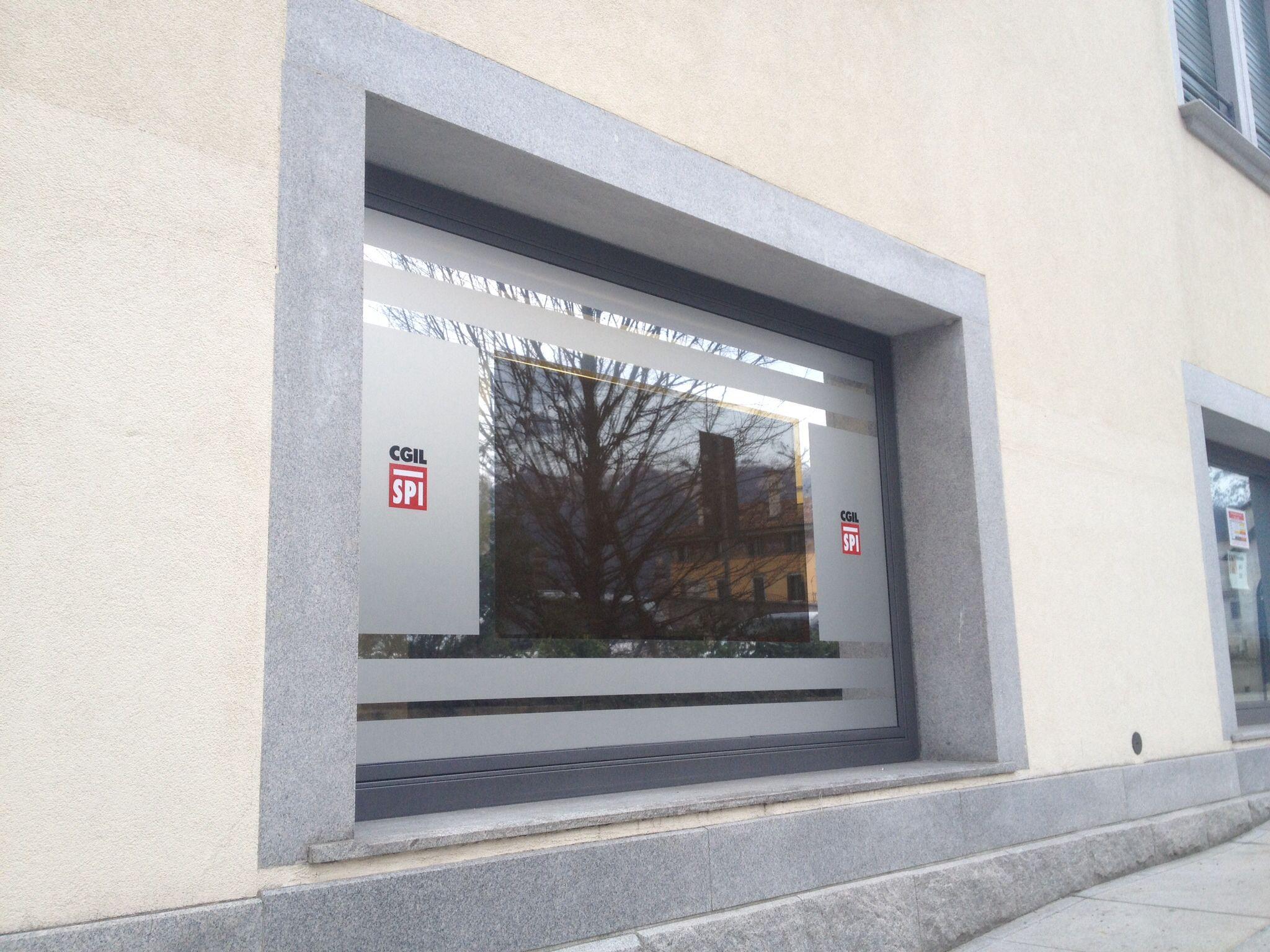 Vetrofania + pellicola monitor 3m Vikuity http://www.ventotto.net/vetrofanie/