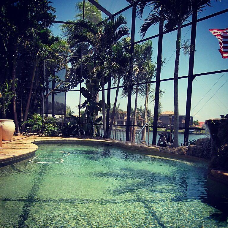 pool side capecoral florida vacationrentals www