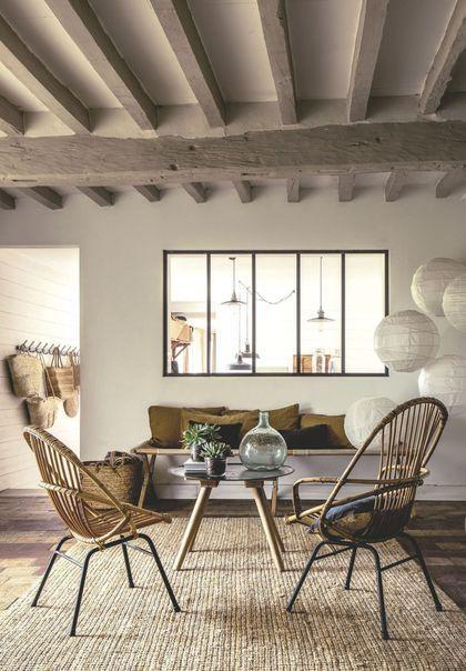 salons avec poutres apparentes 20 photos pour s 39 inspirer interior pinterest maison deco. Black Bedroom Furniture Sets. Home Design Ideas