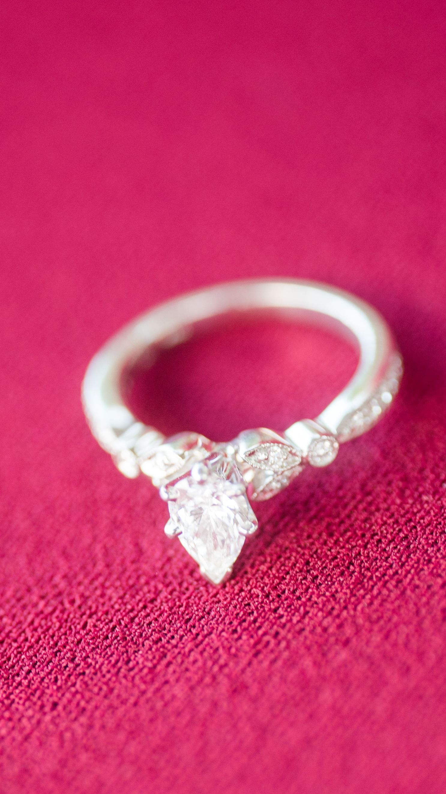 Loving the details of this unique pear shaped engagement ring ...