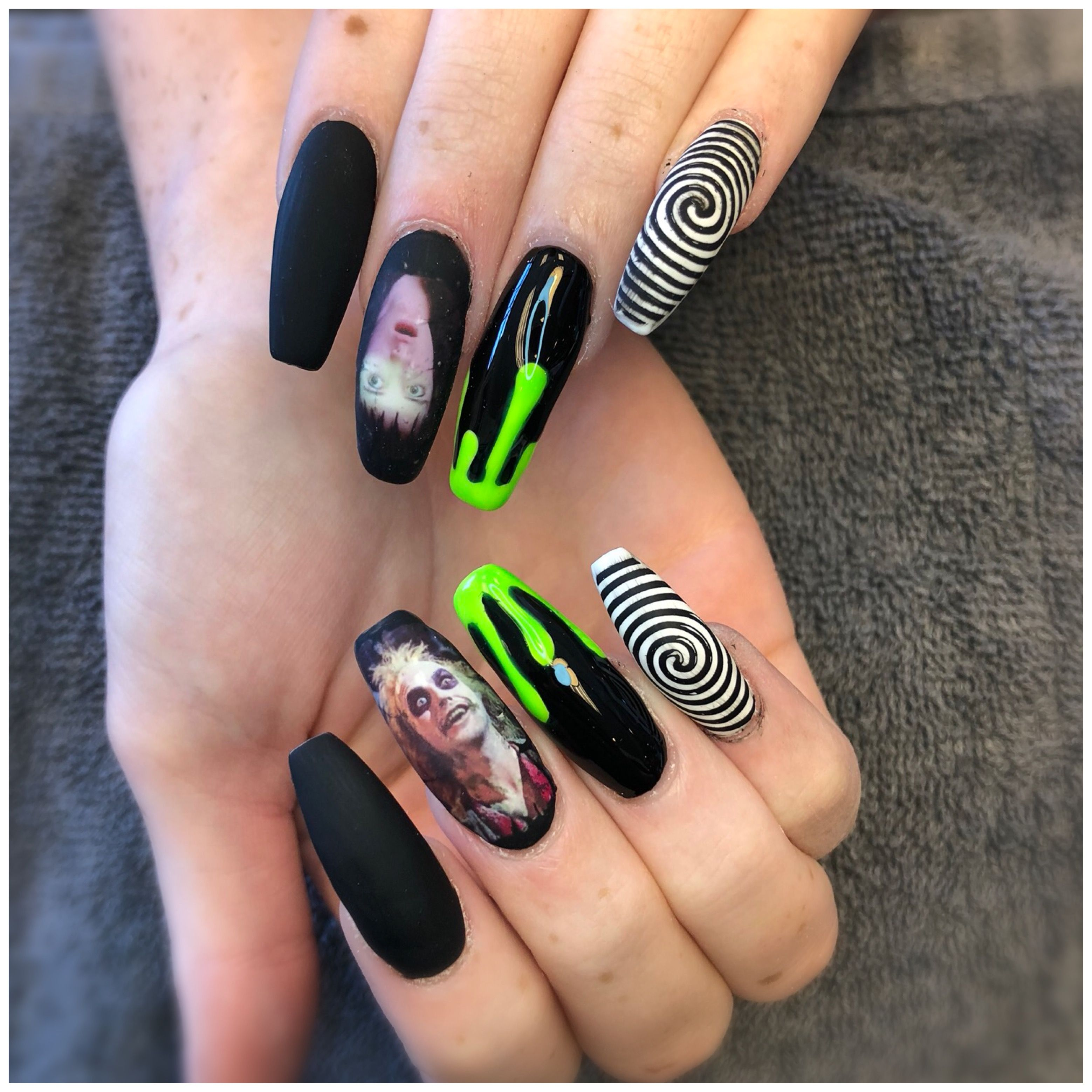 Beetle Juice Nails Halloween Nails Coffin Nails Long Nails Halloween Acrylic Nails Halloween Nails Cute Acrylic Nails