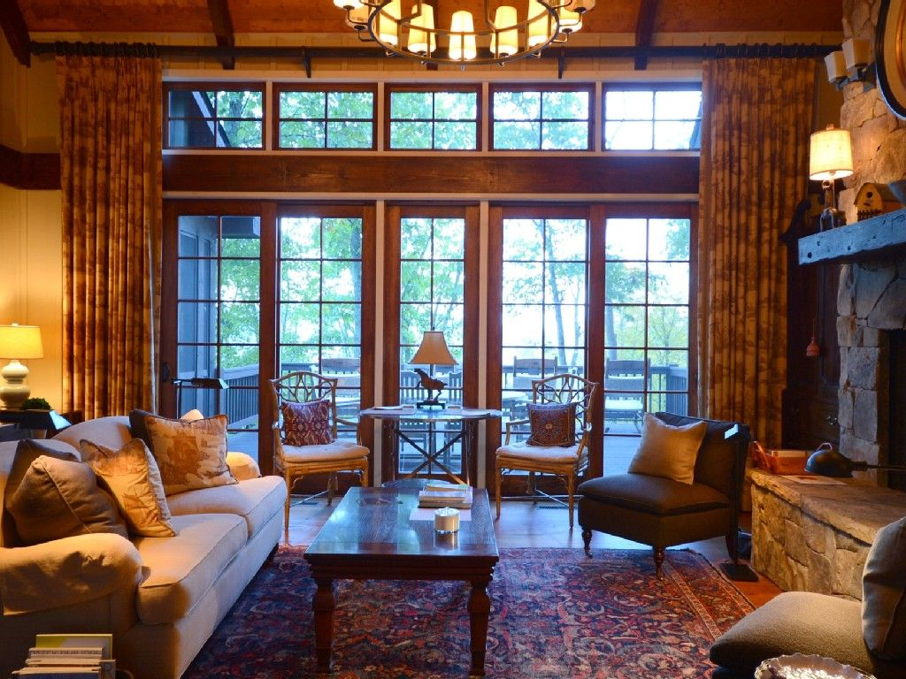 Luxury Home with Mountain View's in Old Edwards Golf Club