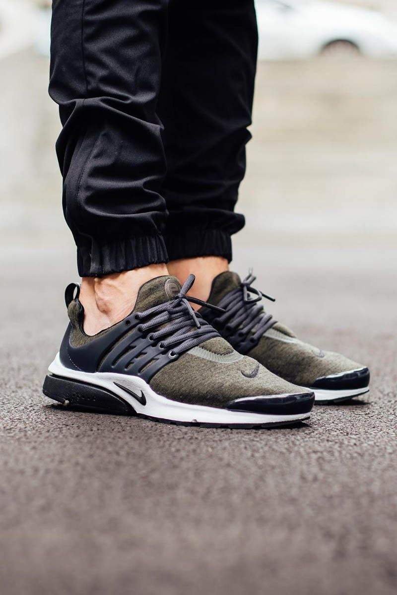 nike air presto khaki fleece