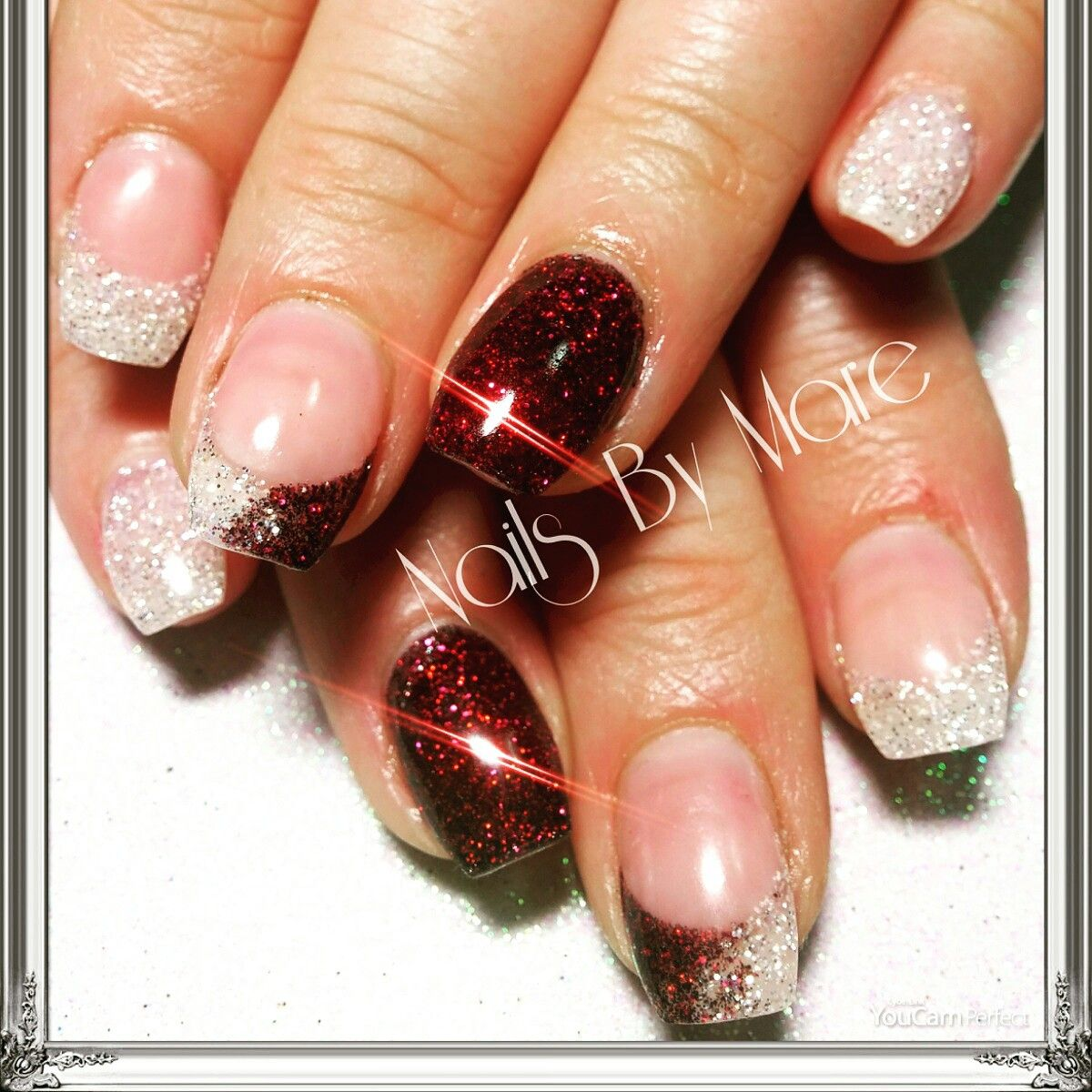 Christmas nails. Red and white glitter. Gel nails. #FuzionUvGel ...
