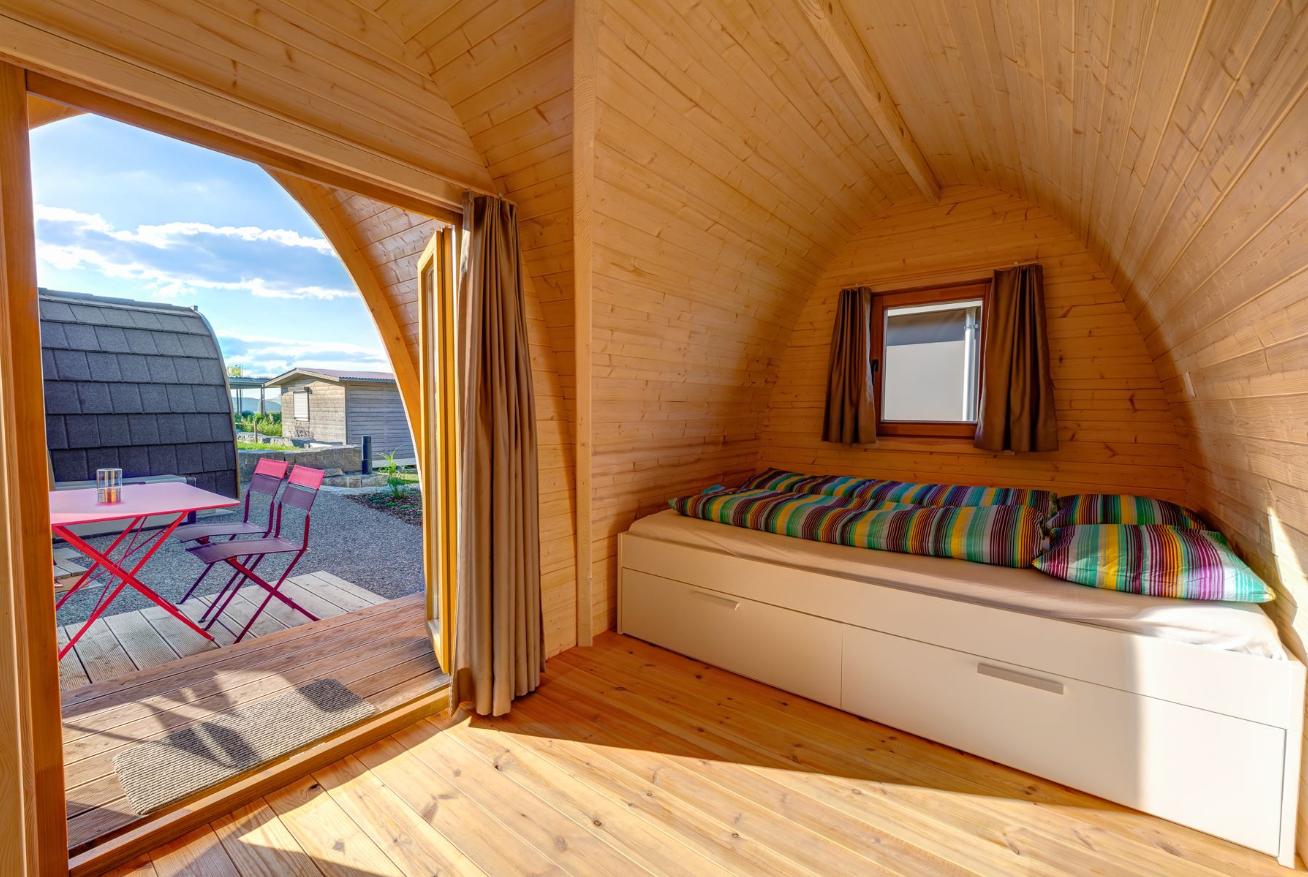 O`HARA-Mobilheim, Front 2017 in Aprikose über green camping home O ...