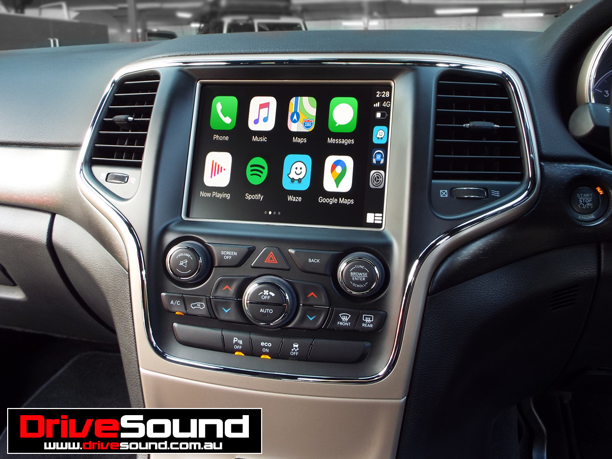 Jeep Cherokee Carplay In 2020 Carplay Apple Car Play Car Audio