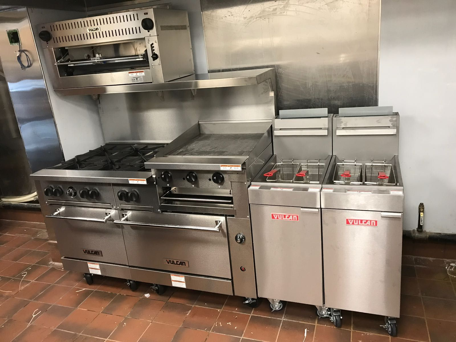 vulcan kitchen storage carts love equipment we carry ranges griddles fryers cheesemelters and much more culinarydepot commercialkitchen cooking chef