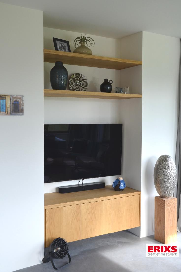 Zwevende Plank Tv Meubel.Tv Meubel Verwerkt In Een Nis Met Bijhorende Zwevende Planken Tv