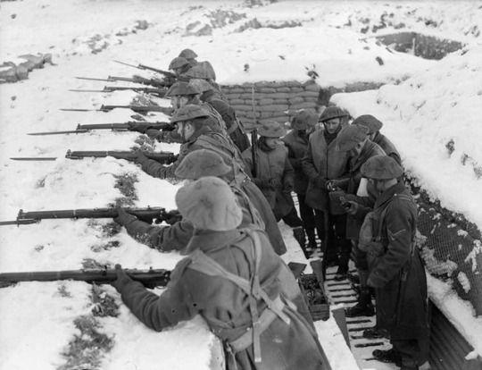 Men Of The Royal Norfolk Regiment Man A Snow Covered