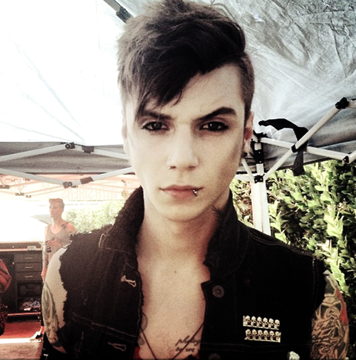 5 Clarifications On Andy Biersack Hairstyle Andy Biersack Hairstyle Black Veil Brides Andy Andy Biersack Black Veil Brides