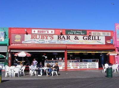 Ruby S Coney Island Ny Bar Grill Beach Bars Coney Island