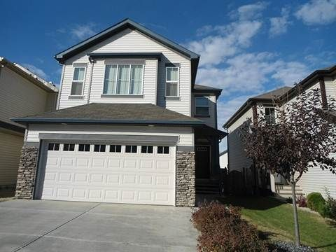 Edmonton South West 3 Bedrooms House For Rent Gorgeous 3 Bdrm Home With Double Garage In Walkers Lake Renting A House Finding Apartments House Rental