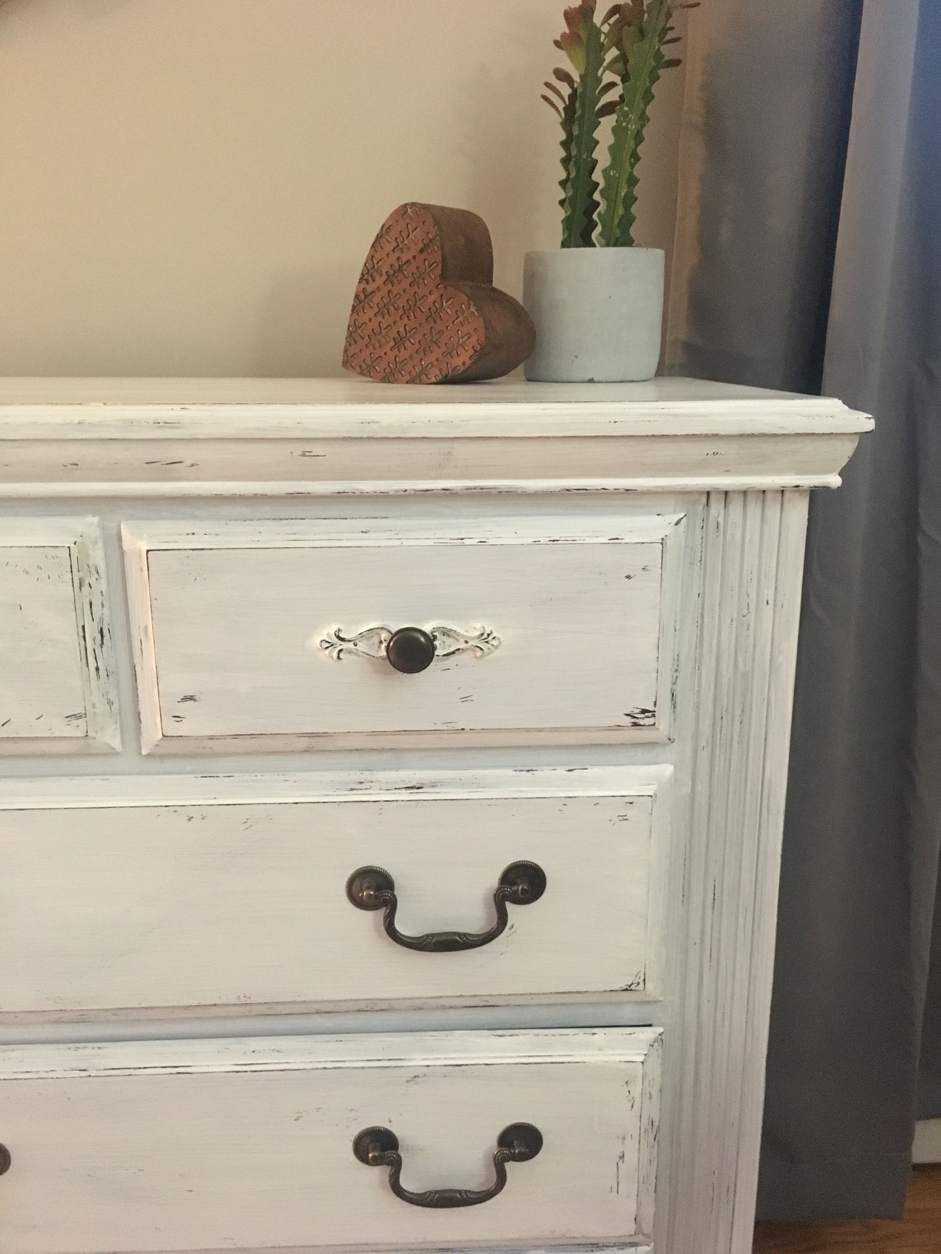 distressed white bedroom furniture | distressed white