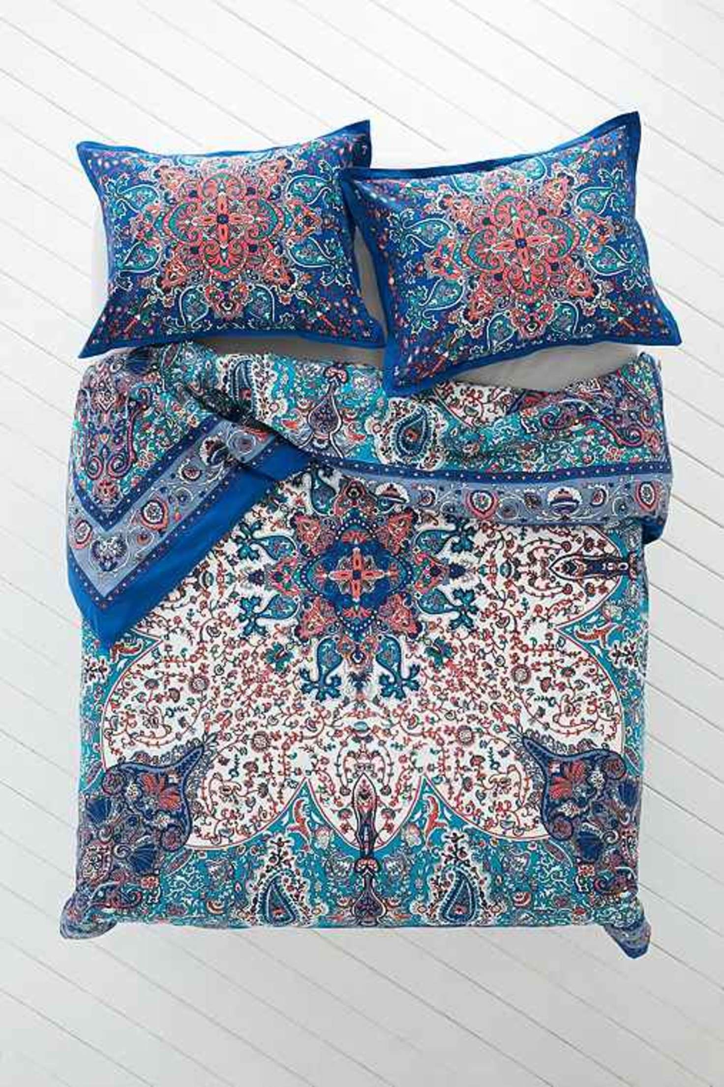 Plum Amp Bow Dandeli Medallion Duvet Cover Blue Design