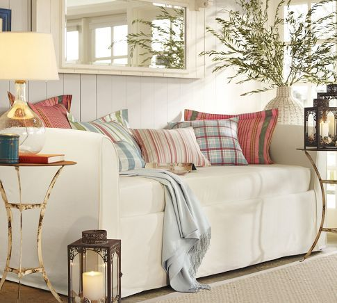 Lewis Daybed Slipcover With Trundle Pottery Barn I Love This