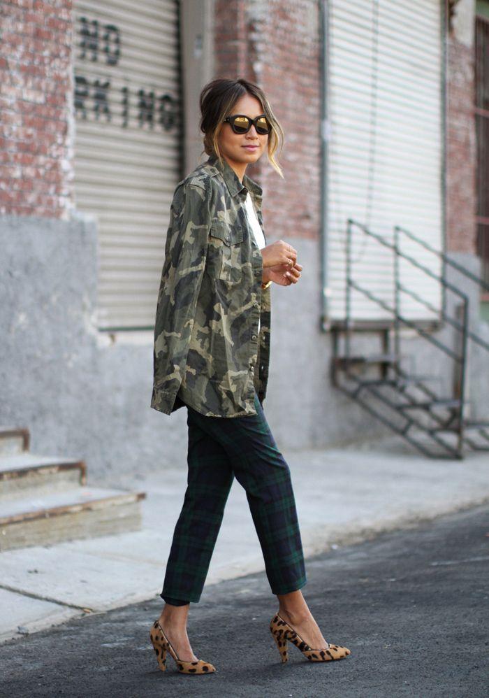 a9912001169c1 Camo jacket and leopard heels // street style (via @stylecaster)