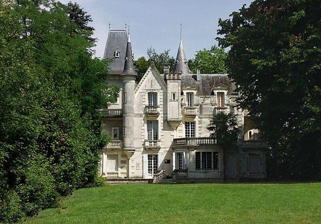 Chateau Du Bois Fleuri Lormont Aquitaine Fleurs En Bois