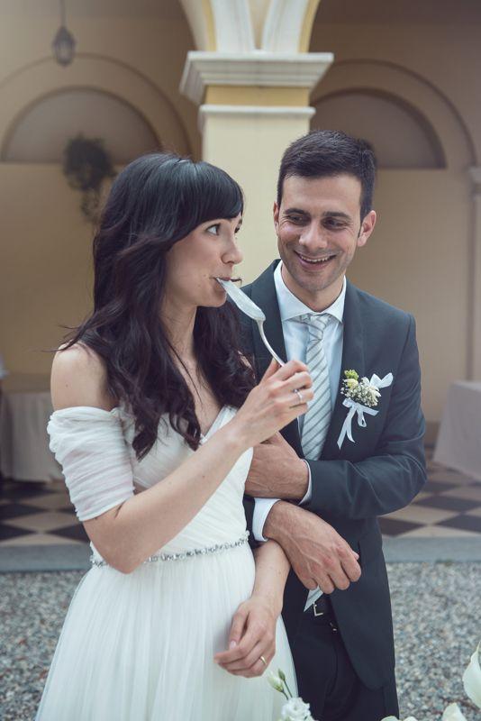 Matrimonio Bohemien University : Matrimonio simone giulia taglio torta sposi margherita calati