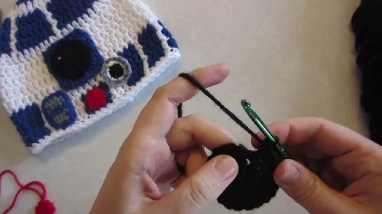 Part Two: R2-D2 Crochet Hat Tutorial inspired by Star Wars