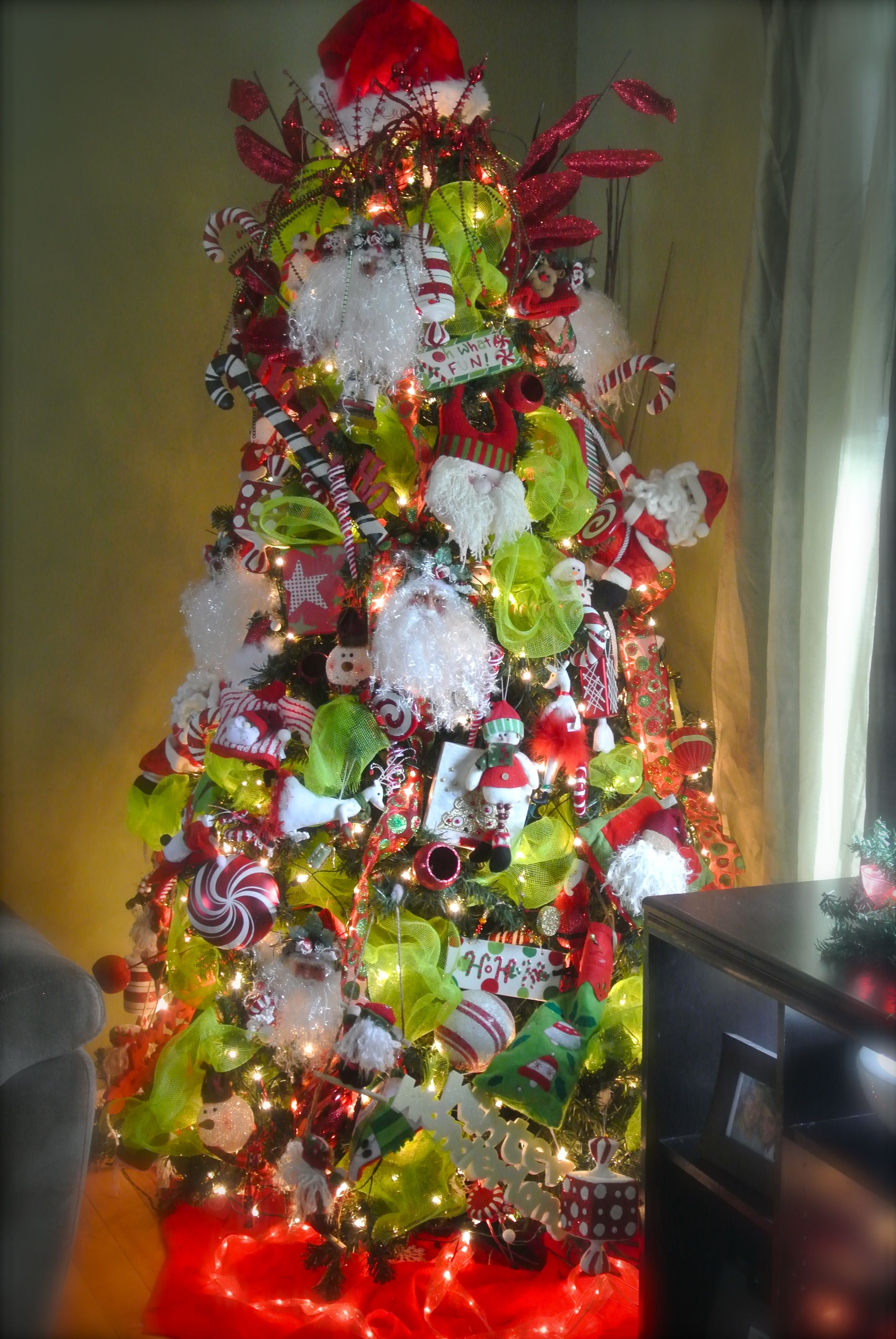 Christmas Tree Candy Themed Red Green White Diy Christmas Decorations Easy Christmas Decorations For The Home Christmas Tree Decorations