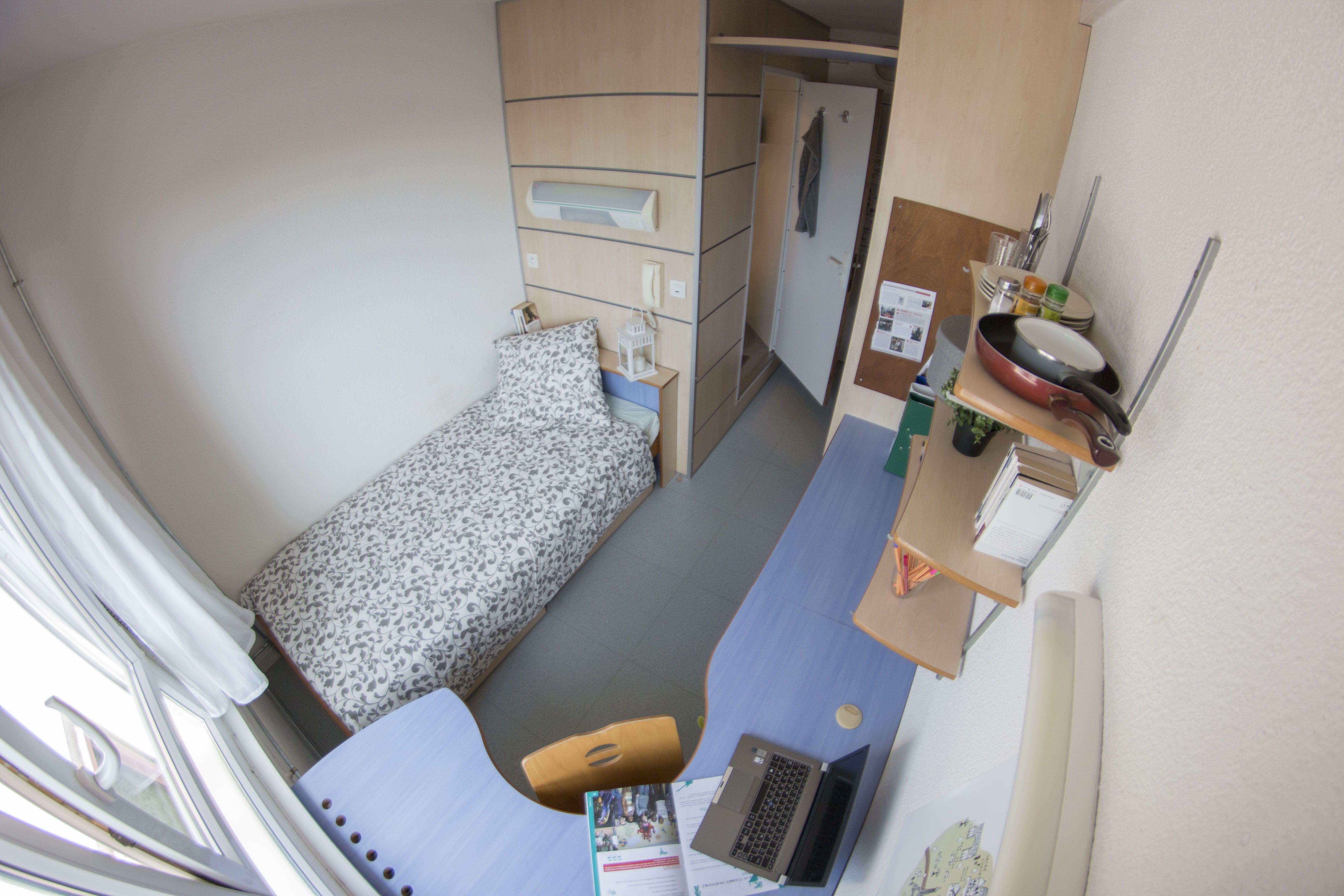 chambre avec salle de bain rà novà e cità universitaire paul