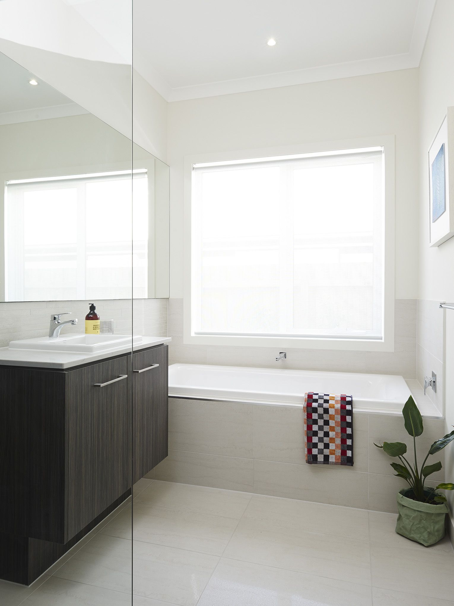 Boutique Homes (VIC) Riviera 33 Display Home features this beautiful ...