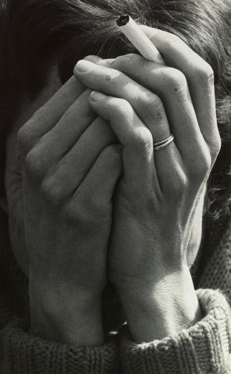 Pin By Under Construction On S E E H A N D Dorothea Lange Photography Dorothea Lange Hand Photography