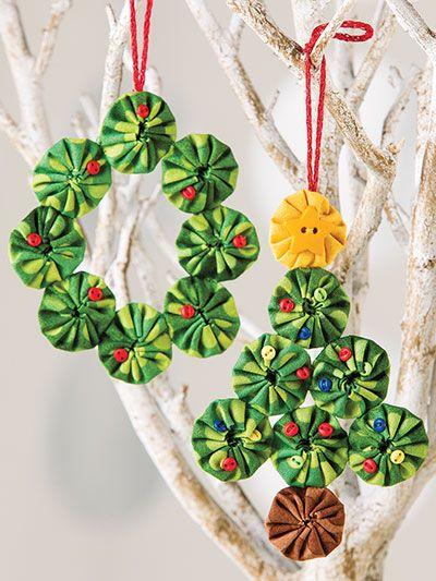 Yo Yo Sewing Christmas Tree Ornament And Wreath Pattern Christmas Ornaments Fabric Christmas Ornaments Xmas Crafts