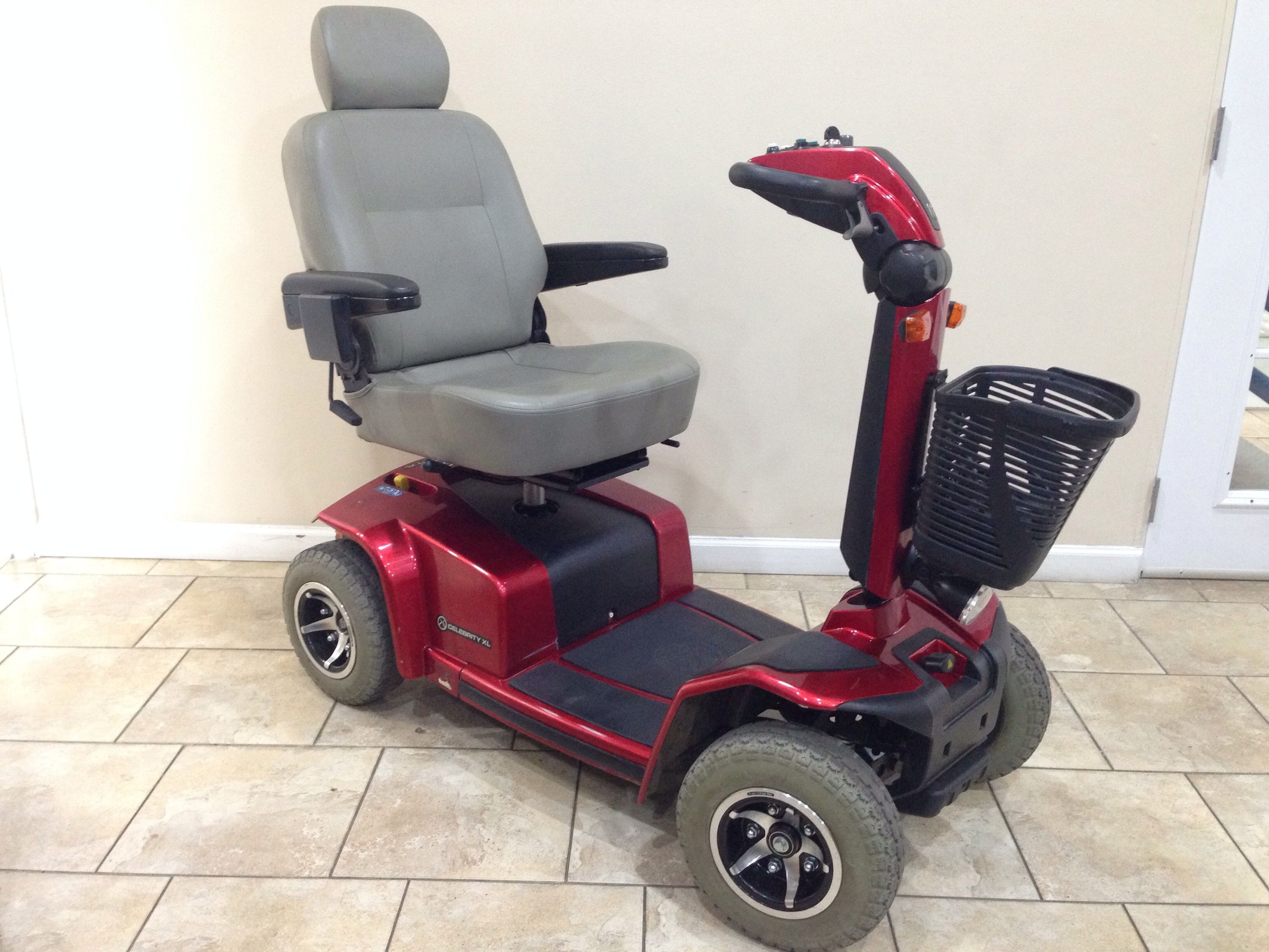 PRIDE CELEBRITY XL 4 WHEEL HEAVY DUTY MOBILITY SCOOTER | …
