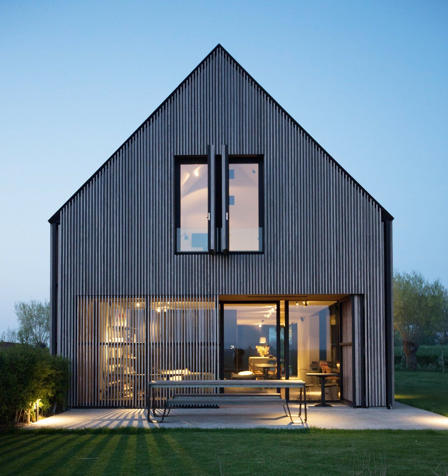Une maison d\'architecte pas ordinaire en Belgique | Barn ...